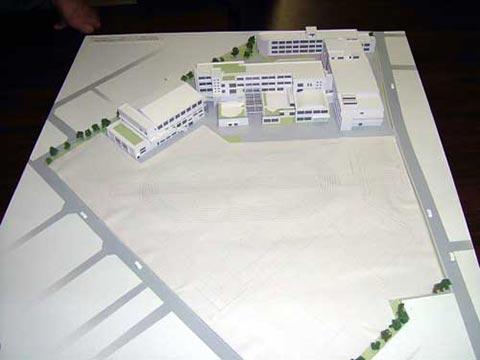 新校舎完成予想模型